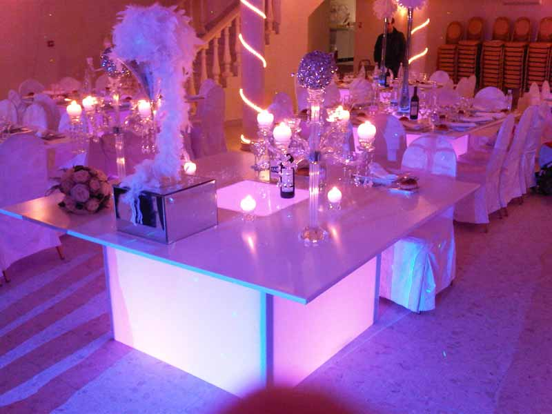 Mariage th me lumi re d coration mariage lumineux tables for Decoration lumineuse